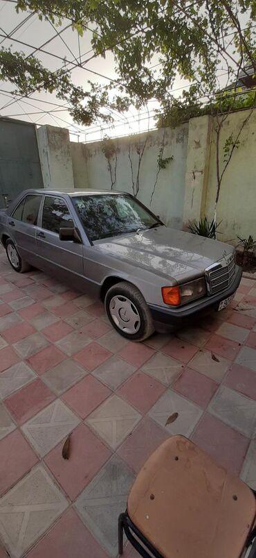 Mercedes-Benz 190 1.8 l. 1992