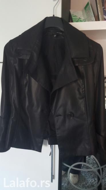 Nov crni komplet pantalone i sako, vel s, acces, izgleda kao da je koz - Nis