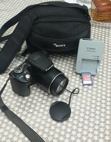 Bakı şəhərində canon foto və video aparat ela veziyetde teze kimi 30 × zoom edir.wi f