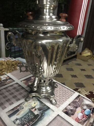 Чайники - Кыргызстан: Продаю самавар надо проверять работает или нет электрический