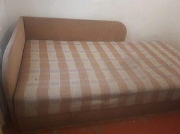 Продаю диван . снизу открывается. длинна 2.15 а ширина 1.10 в Бишкек
