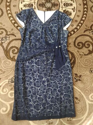 Продаю шикарное женское платье очень красивое вечернее производство