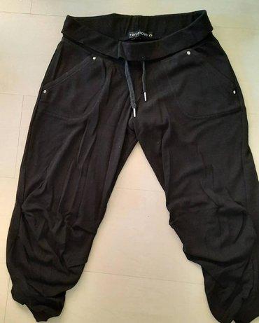 Terranova 3/4 pantalone, nosene, dobro ocuvane. Velicina je xxs ali