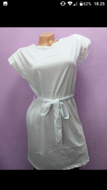 Haljina/tunika Cena 999 din Materijal 95 %pamuk 5 elastin Dužina 85 cm