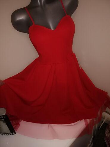 Pink kosuljoca - Srbija: 1,,,Nova prelepa crvena haljina sa etiketom, ima korpe, potpuno nova
