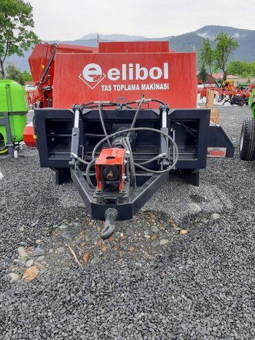 Yük və kənd təsərrüfatı nəqliyyatı Balakənda: Daş toplama makinası. Türkiyənin Elibol firmasıdır. Dövlət güzəştli