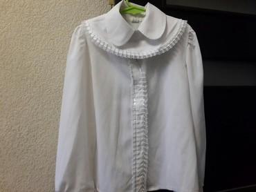 Школьные блузки - Кыргызстан: Школьные рубашки, блузки. Почти новые, воротник снимается, можно и без