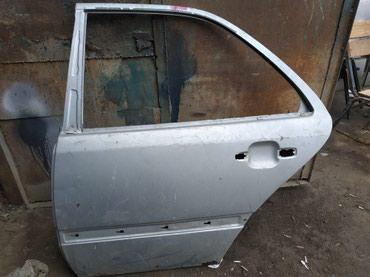 Bakı şəhərində Mercedes w202 sol arxa qapı