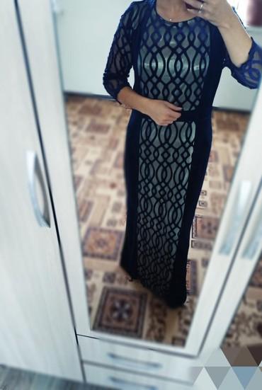 Платья в Ак-Джол: Платья вечерние только один раз одевала, состояние отличное размеры