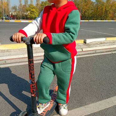 Новый спортивный костюм из хлопкового трикотажа с начесом. Качество