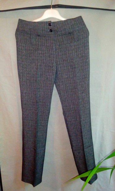 женские брюки классика в Кыргызстан: Брюки классика, завышенная талия, новые, размер 27, сидят отлично