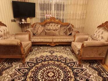 Tecili klassik uslubda divan kreslo desti satilir. Qiymeti 350 azn