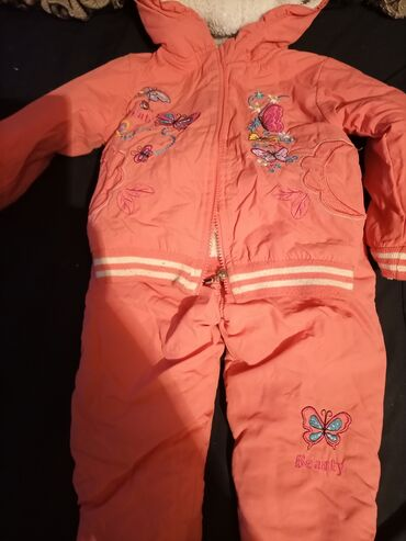 Детский мир - Орловка: Зимний,для девочек 1.2 годика,цена 400 в отличном состоянии,одевали