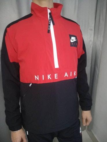 Спортивные костюмы - Кыргызстан: Костюм Nike. Эта модель прекрасно подходит для бега, прогулок и