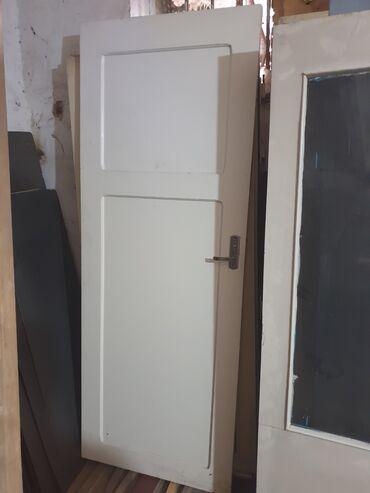 Двери межкомнатные деревянные (ДСП)