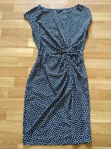 платье в горошек с длинным рукавом в Кыргызстан: Платье в горошек, длина до колен, в хорошем состоянии, одевала 2-3