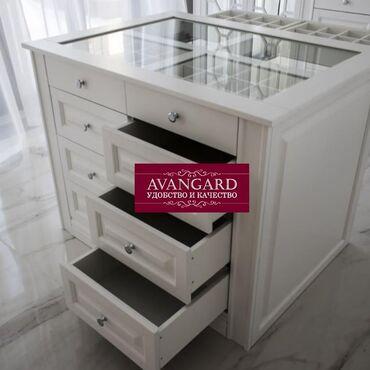 мебель для спальни в Кыргызстан: Мебель на заказ Гардеробные с островком Изготовим мебель любой