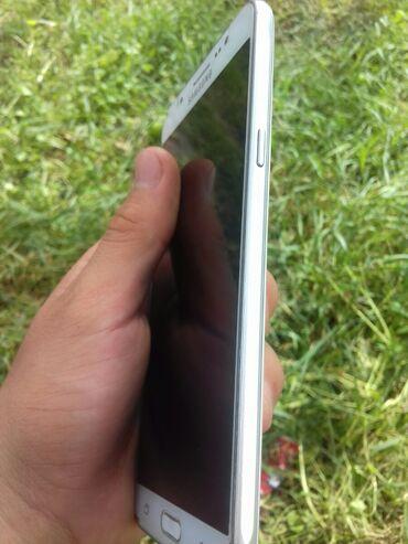 Электроника - Маевка: Samsung Galaxy J7 2016 | 16 ГБ | Белый | Сенсорный, Беспроводная зарядка, Две SIM карты