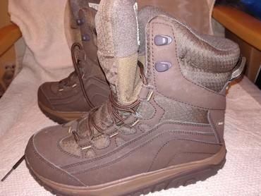 Nove volkmaks cipele 37 broj placente 6800 prosle godine. Male mi. - Obrenovac