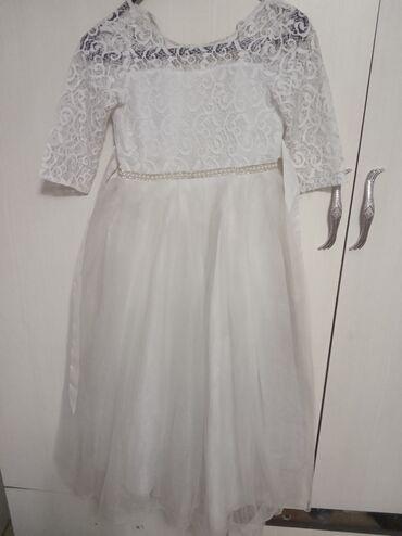 Продаю платье для девочки 9,10 лет. Б/у состояние отличное