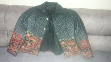 Куртки - Кыргызстан: Куртка 44размер. Состояние отличное. Турция
