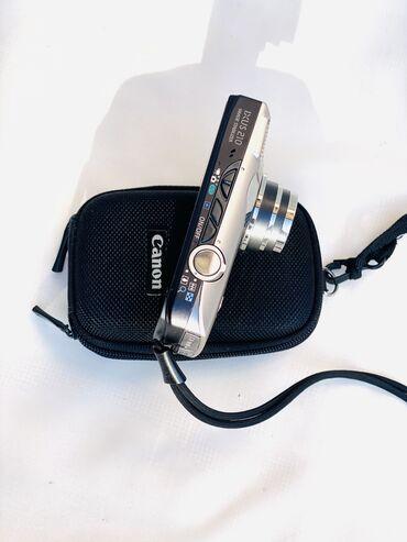 рабочий фотоаппарат в Кыргызстан: Фотоаппарат видеокамера в идеальном состояние- рабочий.  Зарядка+ фле