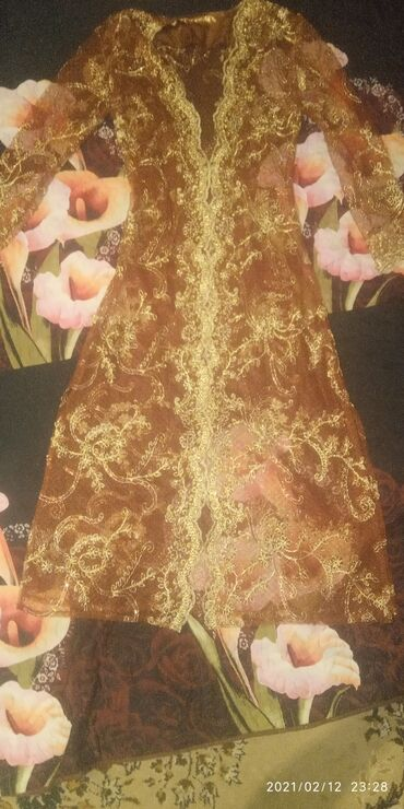 Свадебные платья и аксессуары - Кыргызстан: Свадебные платья