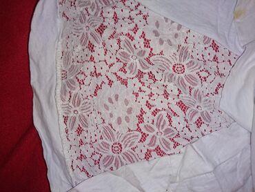 Bela providna majica