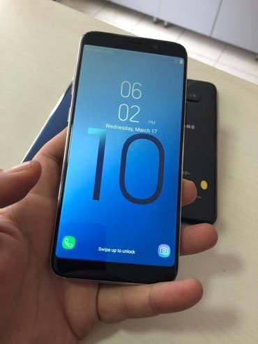 Samsung Galaxy S10 plus       Novi ! ! !   - Kraljevo