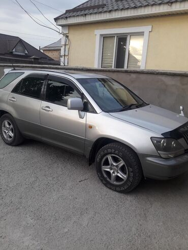 Toyota Harrier 3 л. 1998 | 260 км