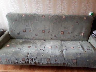 Диван и два кресла. диван раскладывается, в хорошем состоянии в Бишкек