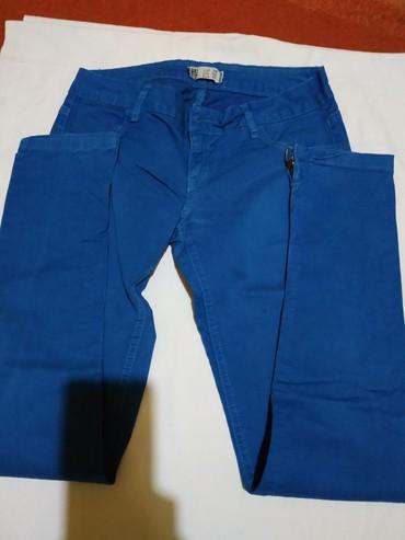 Plave pantalone - Srbija: Plave pantalone sa tragovima nošenja ali bez oštećenja 38