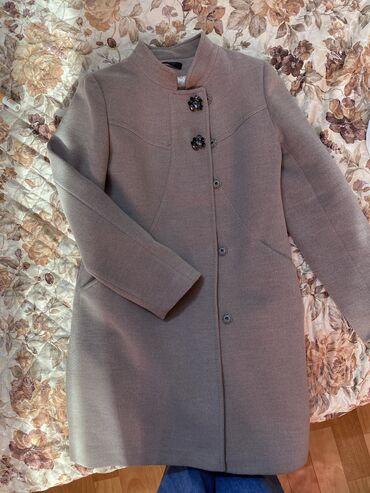 Новое пальто Loreta брала до беременности,не успела надеть,стало мал