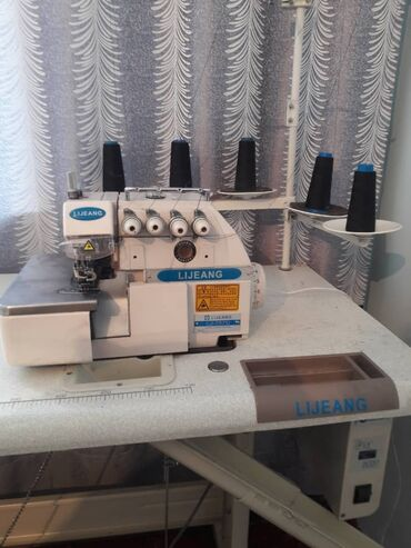 швейная машина в Кыргызстан: Продается пятиниточная швейная машина в новом состоянии (работали