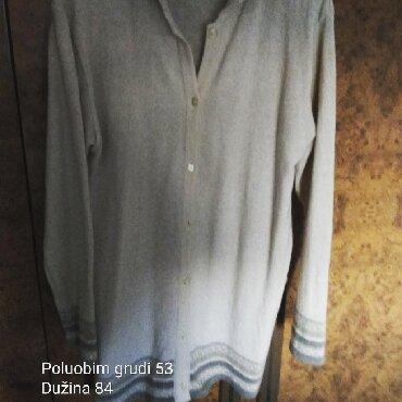 Ostalo   Zajecar: Tanji bež vuneni džemper sa bordurom. Cena 300 din. Mere su na slici