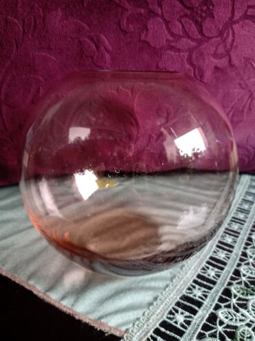 Vaza nova,vuce od dna pa na vise na biju