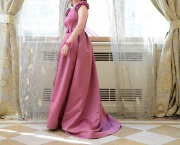 sirniyyat evinde is elanlari в Азербайджан: 1 defe geyinilib, tanınmış moda evinde tikilib, yenidi, m razmer