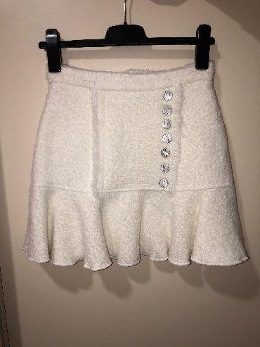 Zimska suknjica - Srbija: Bela zimska suknjica sa dugmicima/ vel S