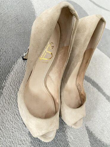 Личные вещи - Токтогул: Шикарные туфли с открытым носом натуральная замша и кожа
