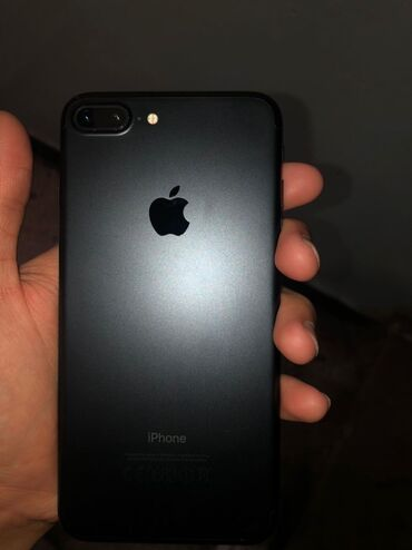 u 10 3 32 в Кыргызстан: Б/У iPhone 7 Plus 32 ГБ Черный