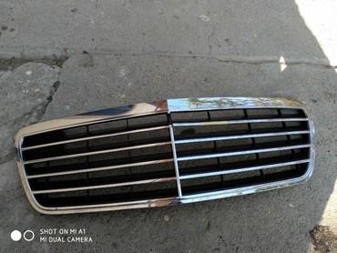 Автозапчасти и аксессуары в Шамкир: W210 Elegance radiator abilsovkasi işlənmiş şəkildəki kimidir. qırığı