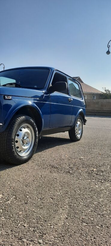 diski na mercedes в Азербайджан: ВАЗ (ЛАДА) 4x4 Нива 1.7 л. 2016   140000 км