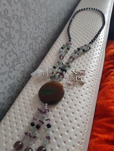 Босоножки серебро - Кыргызстан: Очень дешево продаю красивый бусы натураль камнями и 3 подросковый