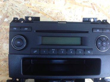Vw crafter rcd2001 cd radio stereo, radio je u odlicnom stanju kao - Backa Palanka
