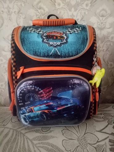 Продаю школьный рюкзак в отличном в Бишкек