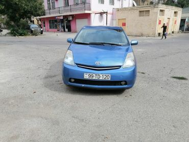 Toyota - Azərbaycan: Toyota Prius 1.6 l. 2006 | 113000 km