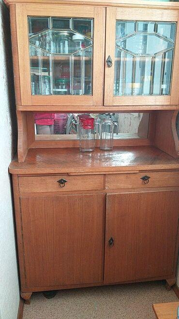 Продаю антикварный буфет из дуба, все в сохранности (стекло, зеркало