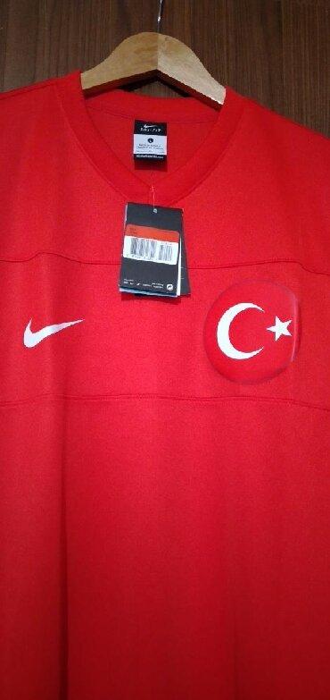 Original Nike futbolka. Türkiyədə alınıb razmer L. Təzədir. Profilimdə