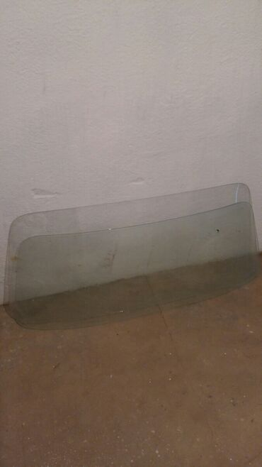 Транспорт - Талас: Лобовая стекло задный и передный продаю не знаю какой марка