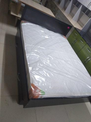 Двух спальные кровать размер матраса 190/140с корпусом 2/150 в Бишкек